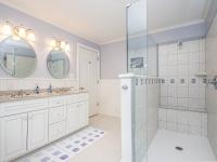 11 guest suite bath