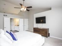 Owner's Bedroom_1