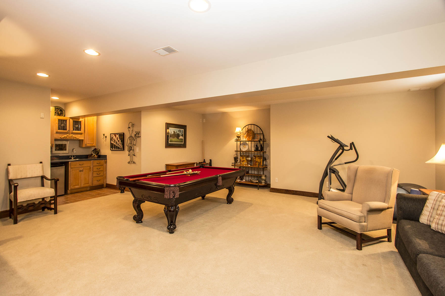 Lower Level Recreation Room